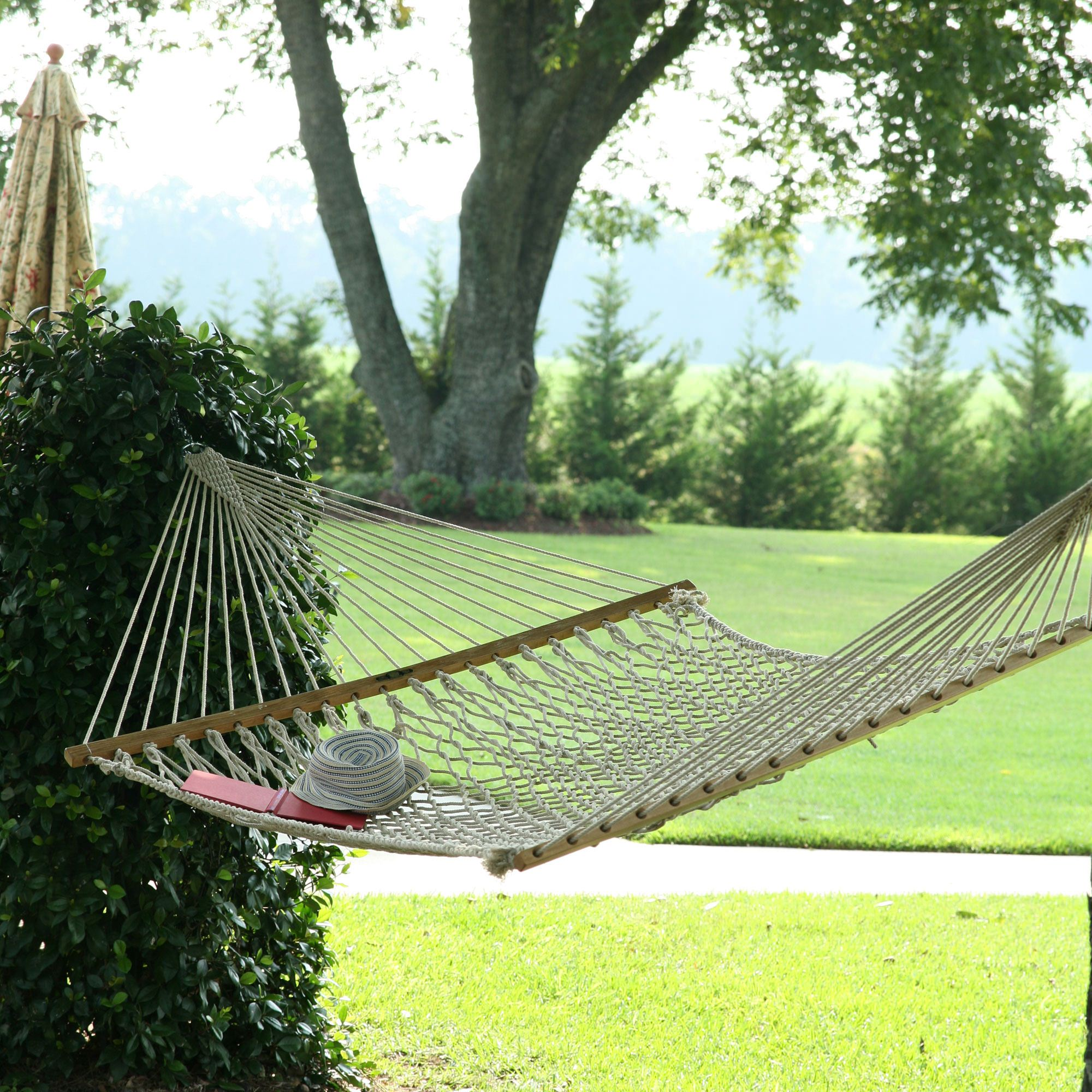 large original cotton rope hammock hammocks   large original cotton rope hammock on sale  rh   pawleysislandhammocks